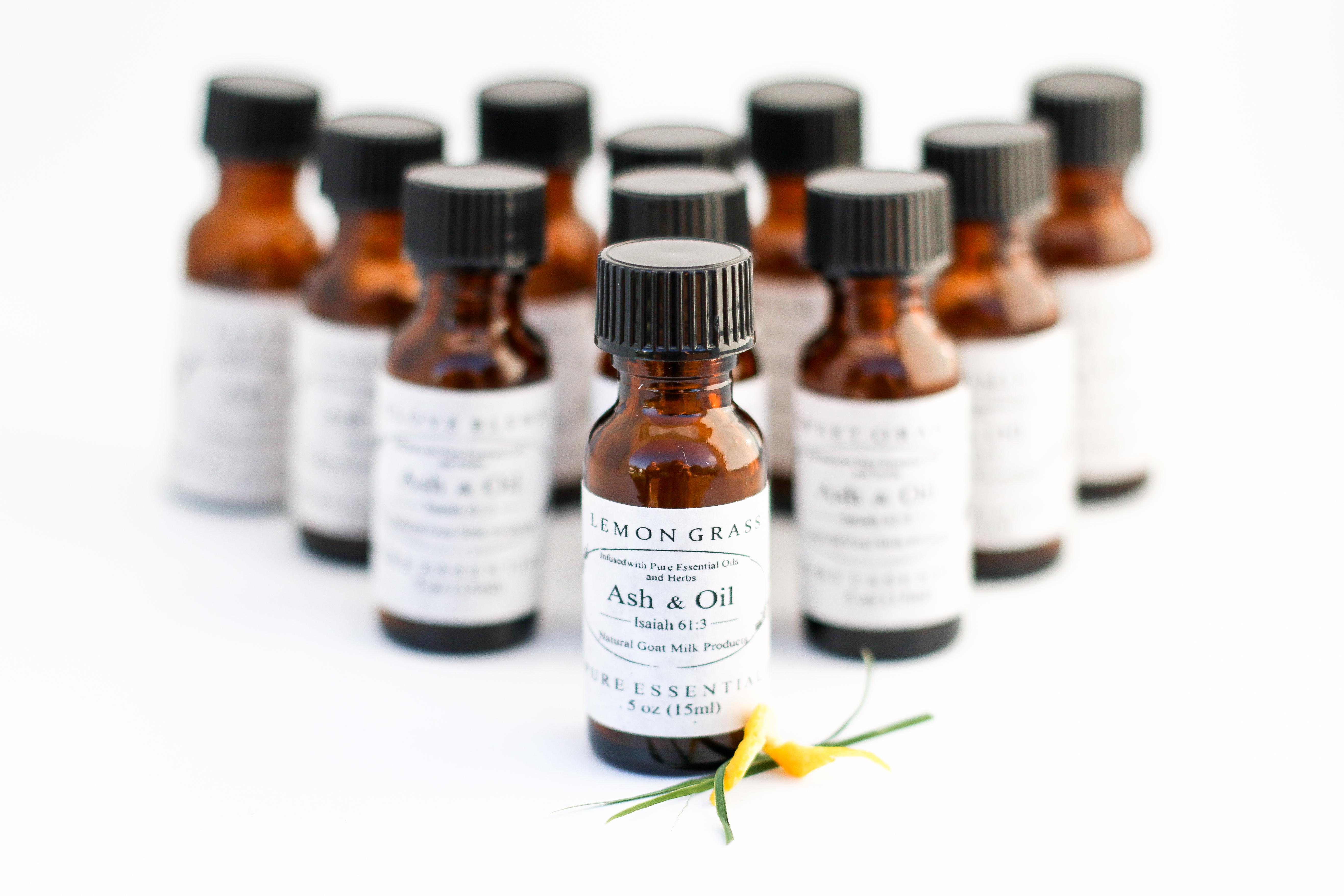 aromatherapy and stree reduction Aromatherapy is touted by many as an effective stress relief tool is it read up on the research and how aromatherapy may be used for stress relief.